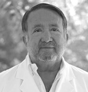 Dr. Victor Manuel Corona Uribe