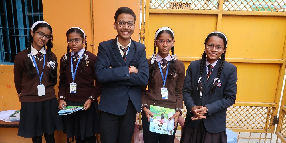 School children with their spectacles