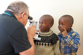 """Advice from the ophthalmologist at Eye camp by """"Eye From Zion"""" chuka hospital Mount Kenya"""