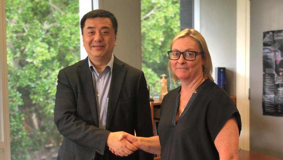 IAPB members collaborating to address global myopia 'epidemic'. Professor Xu Xun, Director of SEDPTC with Yvette Waddell, CEO of Brien Holden Vision Institute