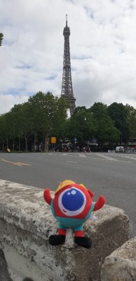 Big Eye at the Eiffel Tower