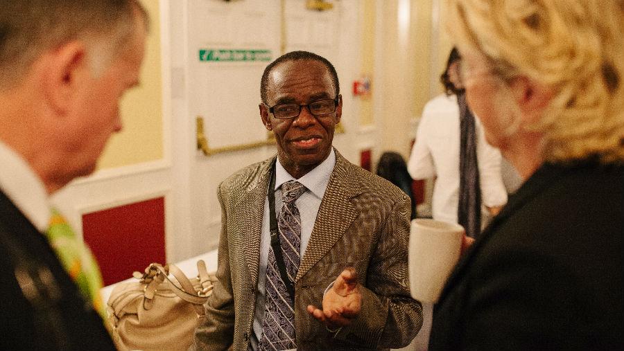 Dr. Bo Wiafeat CoM in Brighton