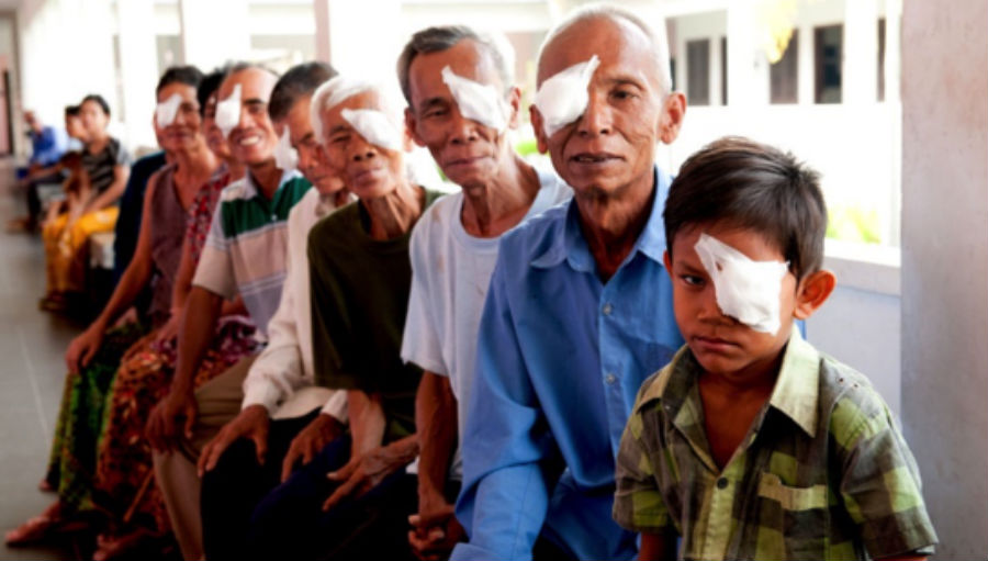 Story: Eye health and the environment – why sustainability and inclusivity go hand in hand, Image Patients after cataract surgery