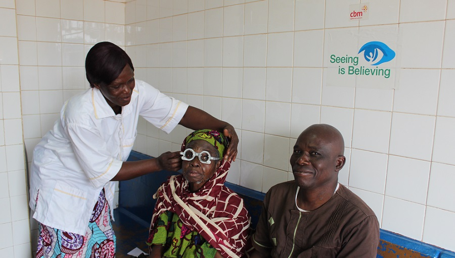 Lady getting an eye test in an eye clinic