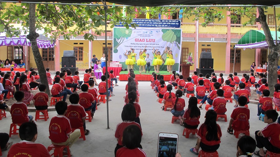Hai Duong World Sight Day event