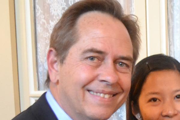 Dr Laurie Sullivan