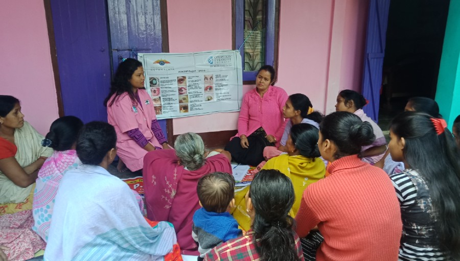 Community health workers conducting a health education session in Sarupathar VBCEHP in the Assam state of India.