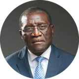 Professeur Daniel Etya'alé