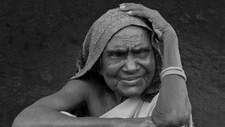 How do we make sure we leave no one behind? An old person with Cataract. Photo by Amitava Chandra; WSD #MakeVisionCount Photo competition