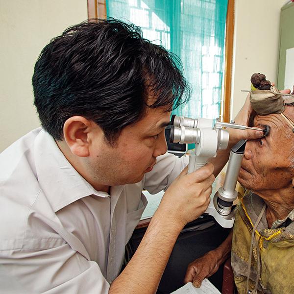 Dr. Lobsang Tsetim