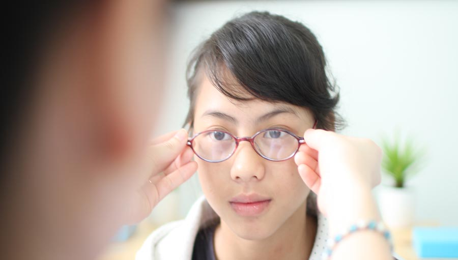 Western Pacific: A school girl has her eyes checked every 6-month at Hue Eye Hospital. Hue, Vietnam. Submitted by: Hanh Pham Country: Vietnam Organisation: Orbis International in Vietnam