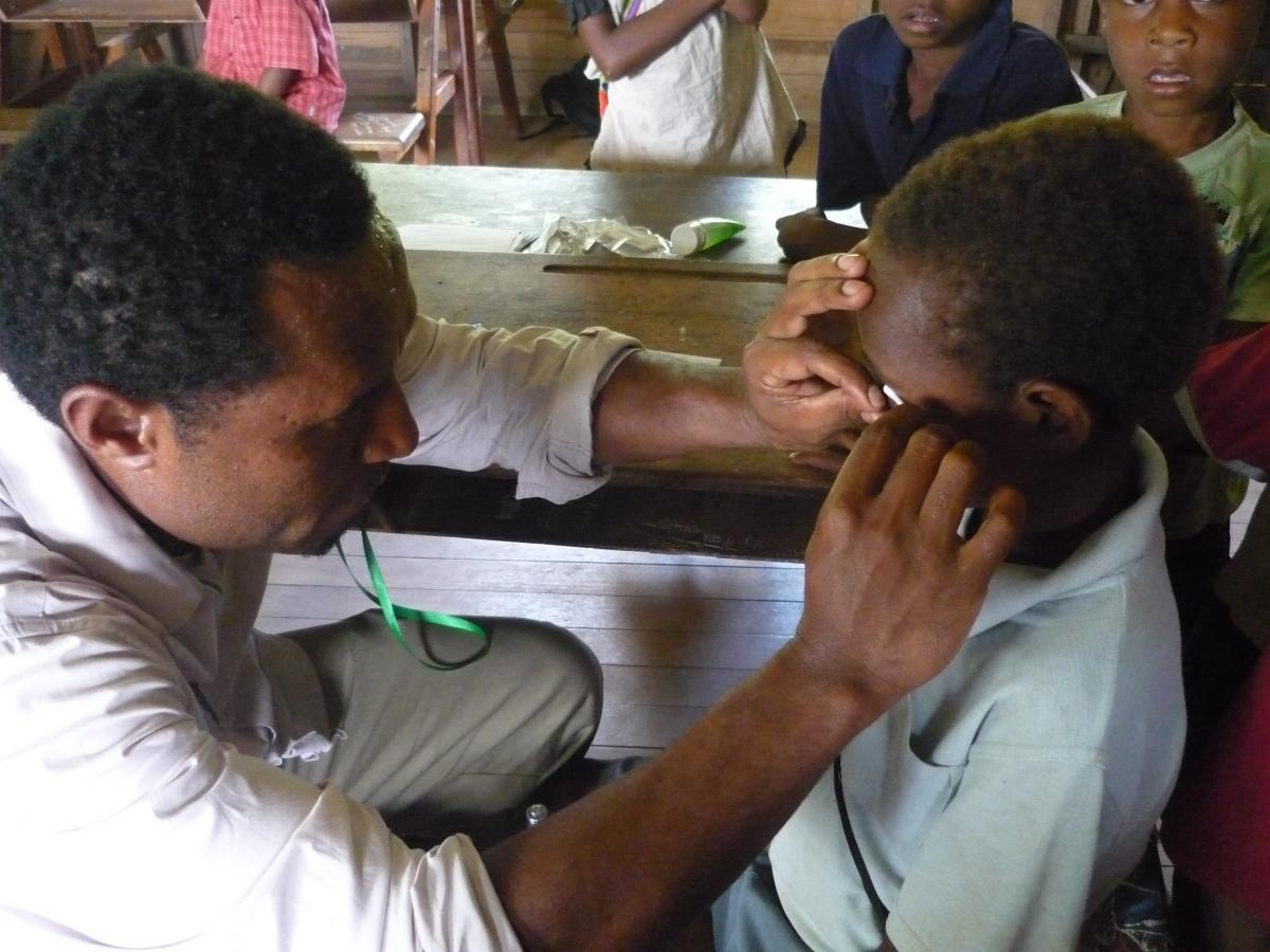 Screening for trachoma in Papua New Guinea